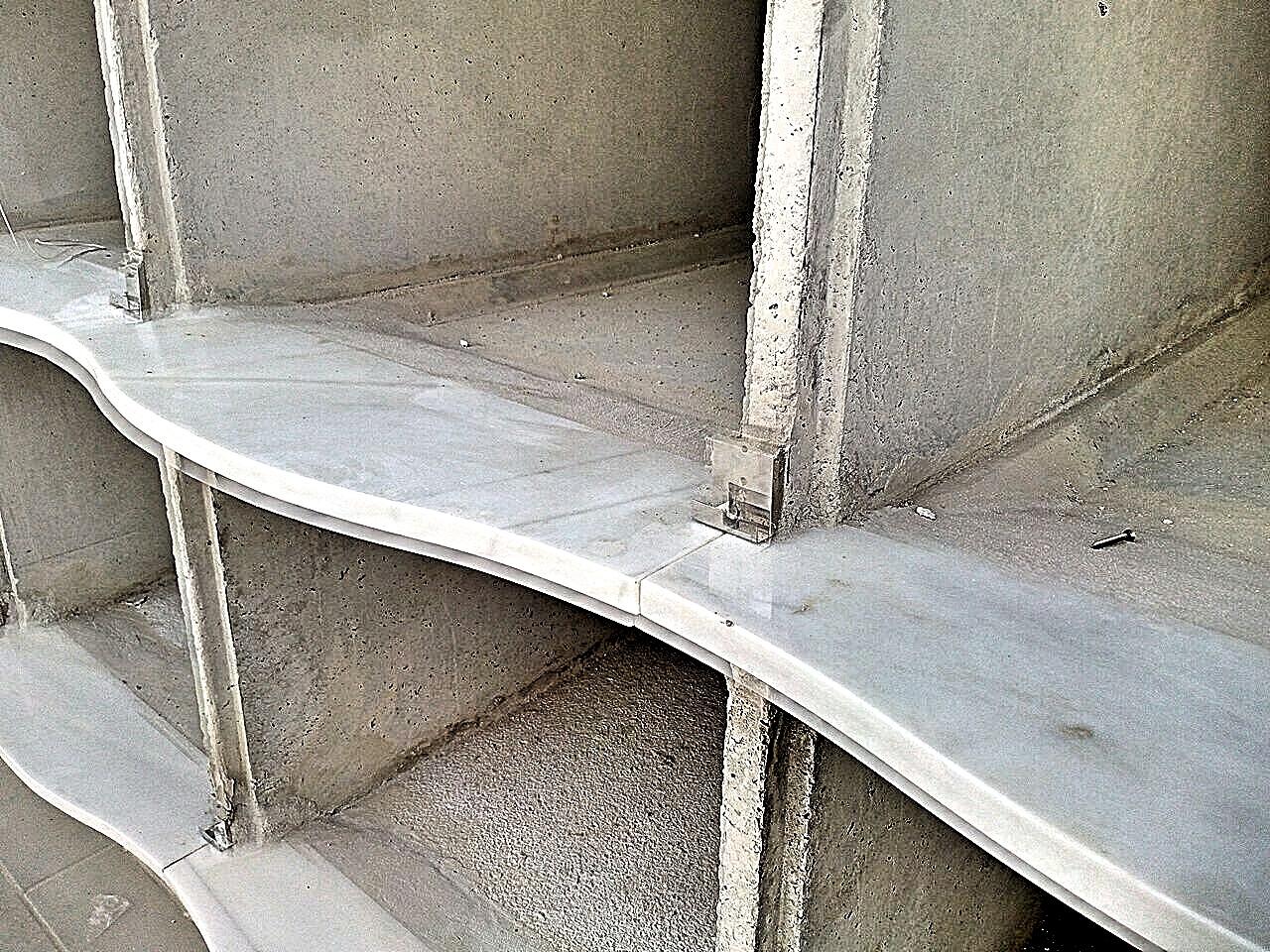Ejecuci n en el cementerio de santa perpetua de mogoda - Repisas de marmol ...